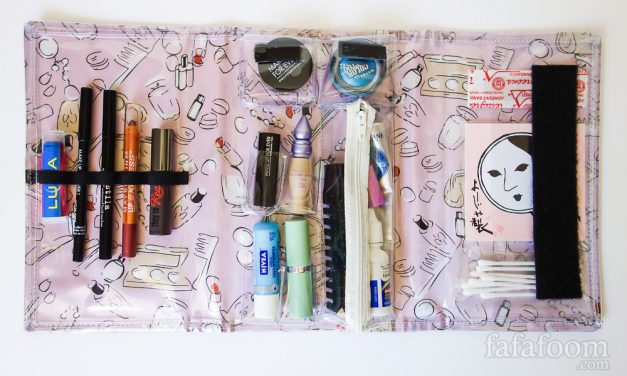 DIY Travel Makeup Case: Staying Organized On the Go