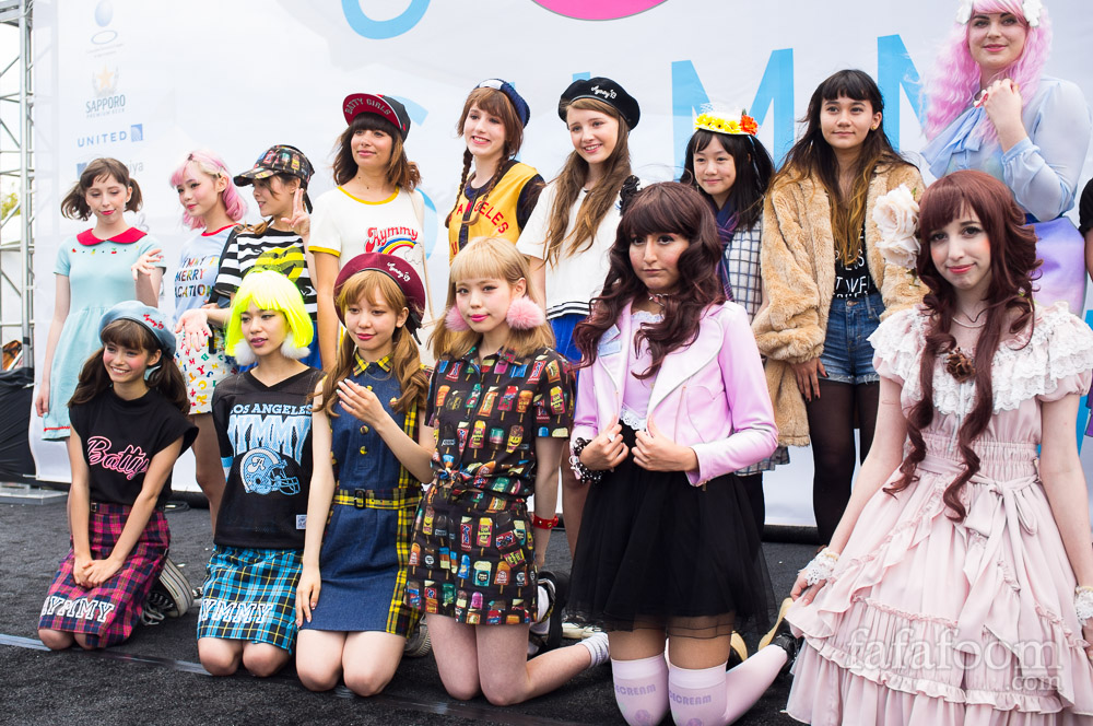 Kawaii Fashion Overload fashion show during J-Pop Summit Festival 2014 featuring Ayumi Seto, Misa Kimura, and Una.