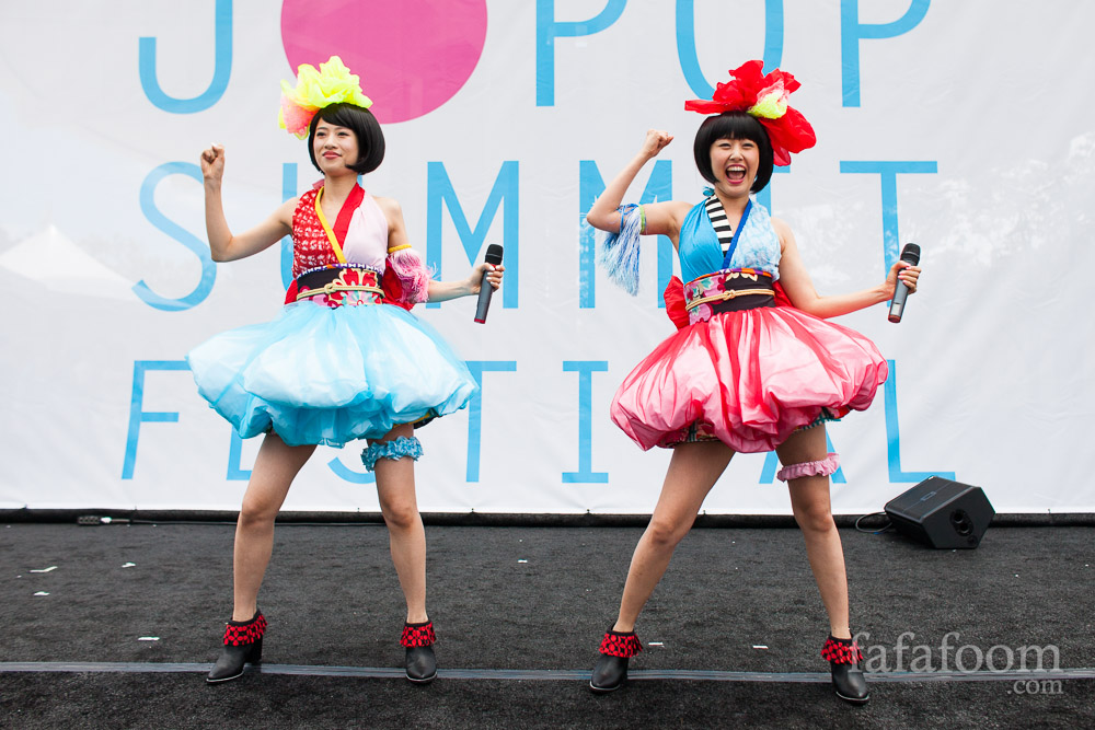 Yanakiku Performs at J-Pop Summit 2014