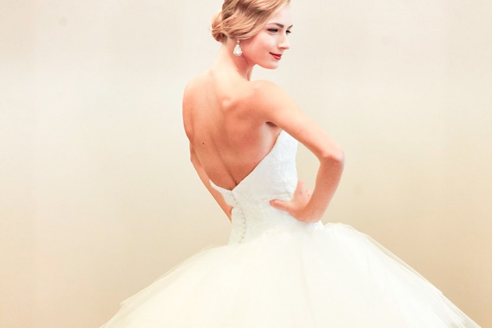 Isabelle Armstrong Bridal Fall 2015: Get Hitched in Elegance