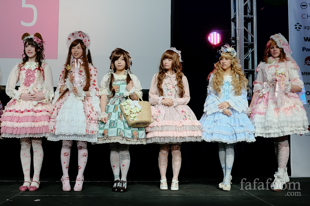 Baby the Stars Shine Bright Lolita Fashion Show at J-Pop Summit 2015