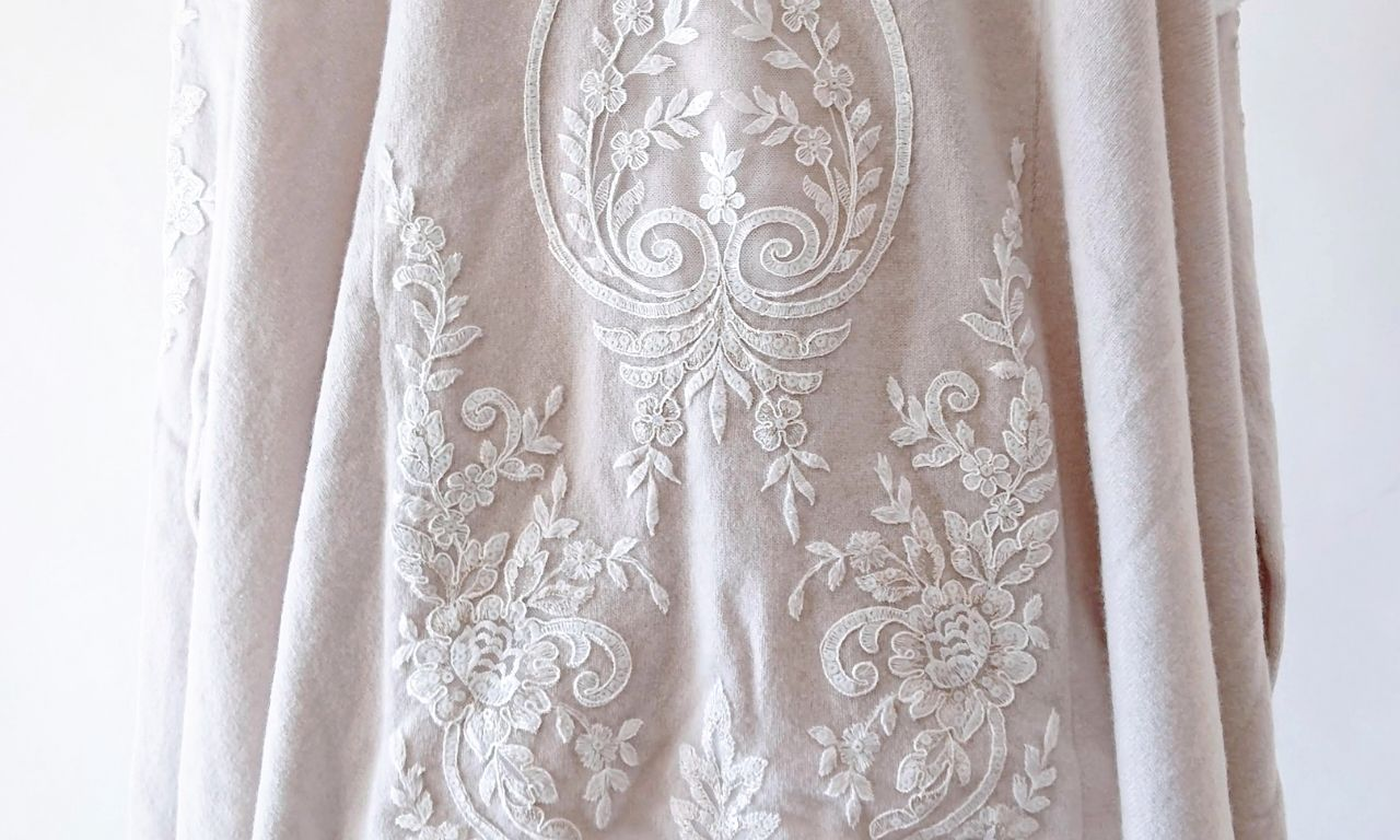 Lace Embroidery Appliqué Sweater